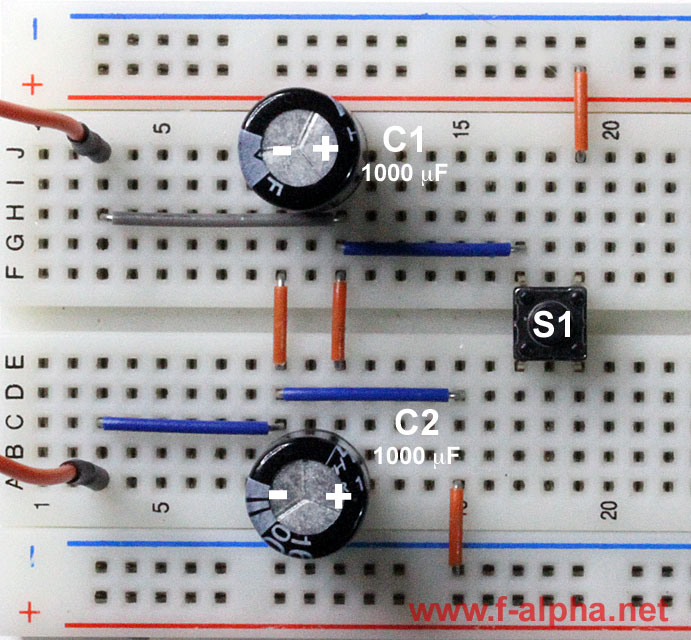 f-alpha.net: Experiment 19 - Kondensator